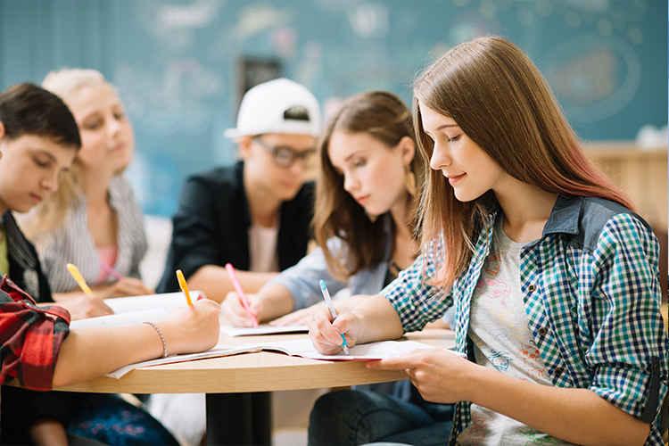 ادامه تحصیل در خارج از کشور بدون مدرک زبان