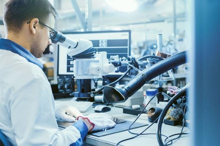 رشته فناوری مواد