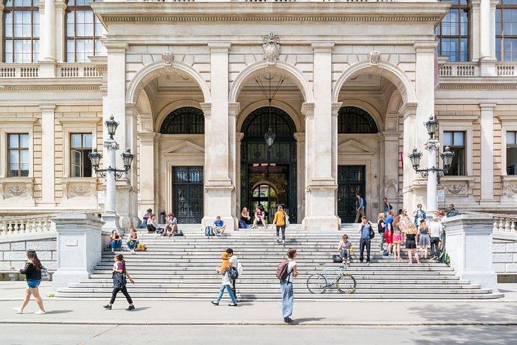 تحصیل رایگان در اتریش در مقطع لیسانس