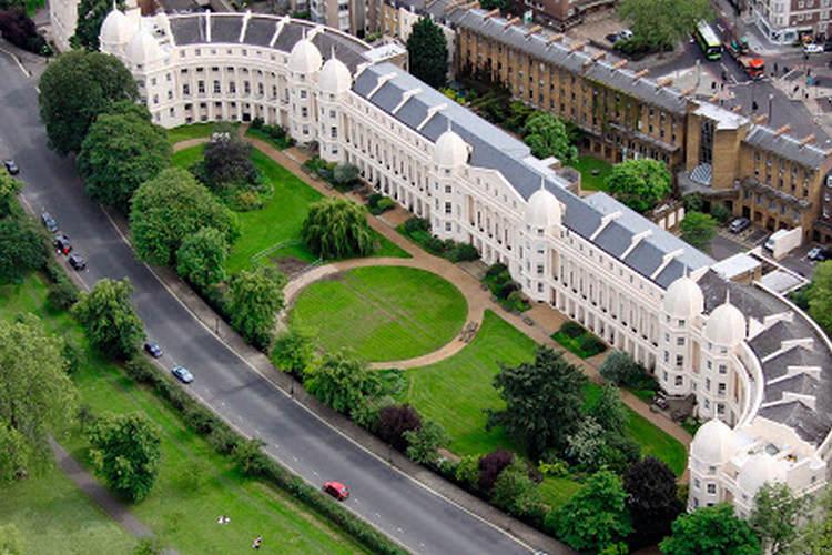کالج بیزینس لندن
