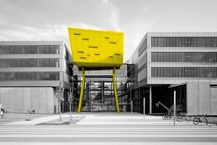 گالری تصاویر دانشگاه علمی کاربردی سالزبورگ