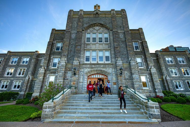 عکس دانشگاه سنت ماری