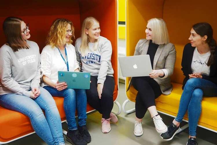 دانشجویان دانشگاه اولو فنلاند