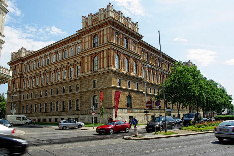 لیسانس معماری آکادمی هنرهای زیبا وین