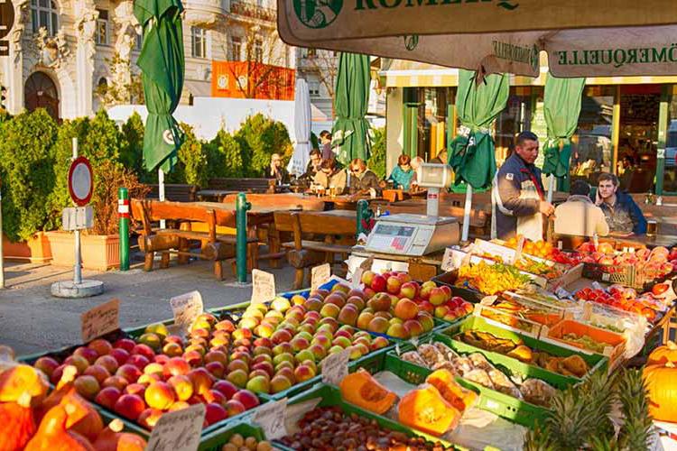 بازار ناش مارکت